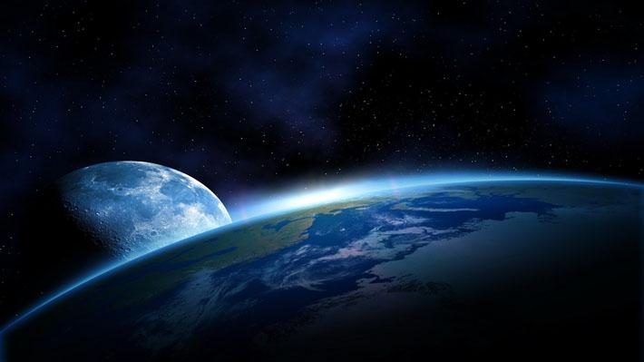 قالب زیبای کره زمین و ماه