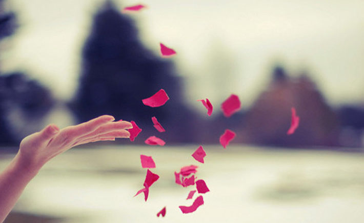 قالب زیبای عاشقانه کاغذ  پاره
